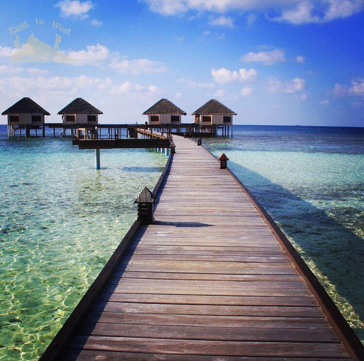 Walk with me to the end of the world سأمشي معك الى نهاية العالم  #Maldives #easttowestadventures #travelblogger #travelphotography #adaraanprestige  #honeymoon #5starmeal #watervilla #privatepool #indianocean #whitesand #palmtrees #privateisland #onceinalifetime #stepstothesea