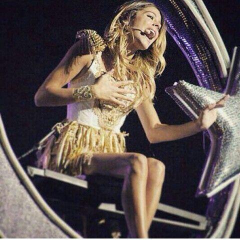 Tini Stoessel en Violetta Live 2015 c'était vraiment génial
