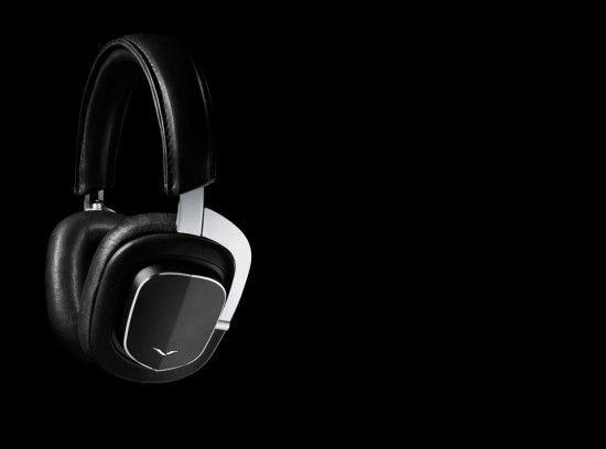 Alors que la marque britannique Vertu est réputée pour ses smatphones de luxe, la griffe s'essaye à la fabrication de nouveaux objets technologiques. La maison commercialisera prochainement une gamme inédite de produits audios. http://journalduluxe.fr/vertu-accessoire-audio/