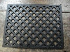 large cast iron grille, £35