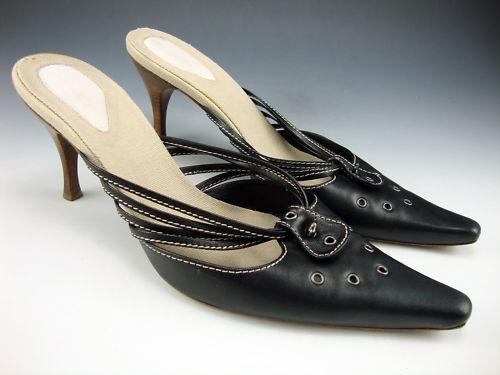 BOTTEGA VENETA EXQUISITE BLACK LEATHER MULES: Exquisite Black, Woman Fashion, Bottega Veneta, Veneta Exquisit, Leather Mule, Black Leather, Woman Shoes, Women'S Fashion