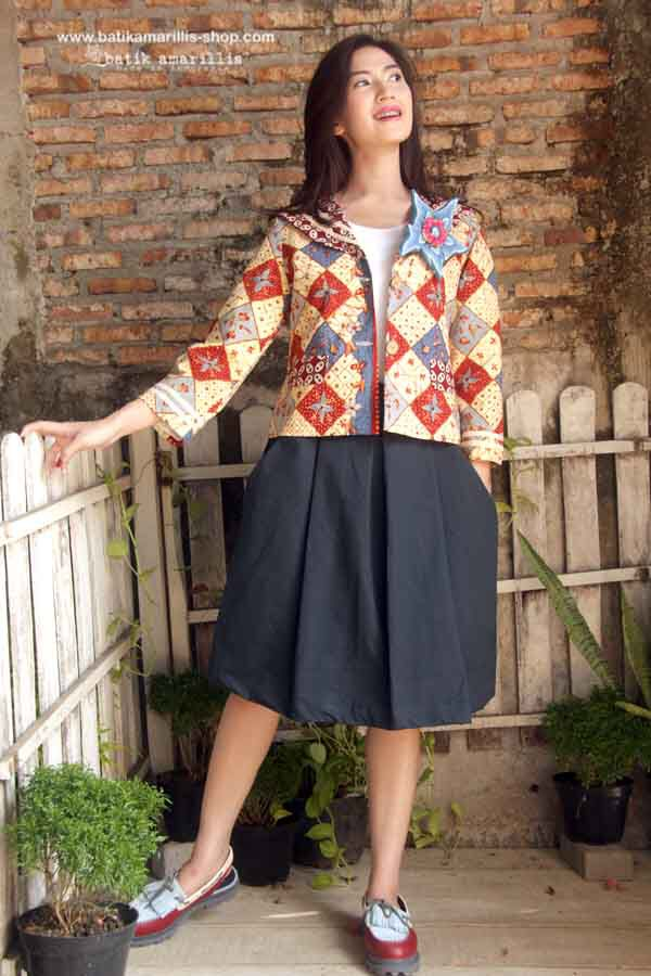 Batik Amarillis's Fraiche Jacket This fit and well tailored timeless design featuring sailor collar,white stripes,front button fastening and lively flap pockets.