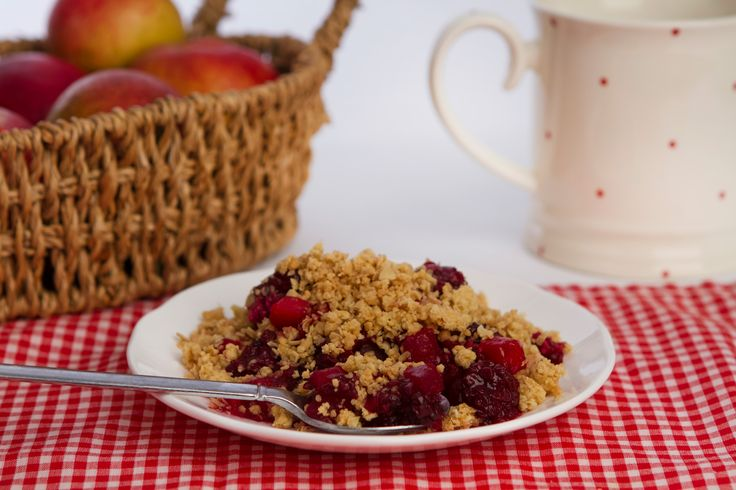 Blackberry & Apple Crumble made with blackberries and apple pieces, with a light oat crumble topping.