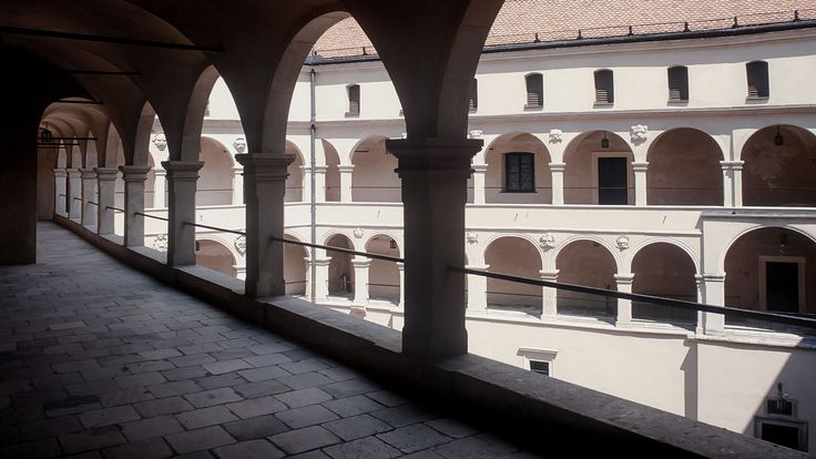 Trapezoid shape arcaded courtyard of the Pieskowa Skała Castle was constructed between 1557 and 1578 for Calvinist voivode of Sandomierz, Stanisław Szafraniec