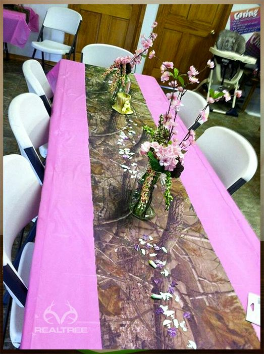 Realtree Camo Baby Shower Table Decoration #realtreecamo #babyshower but orange instead of purple