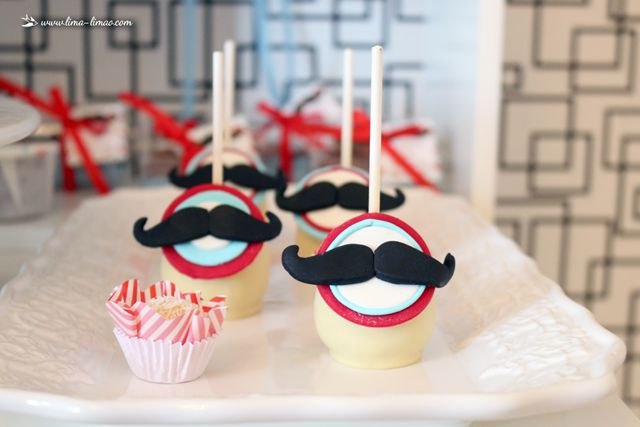 The cakepops for this moustache/man themedparty