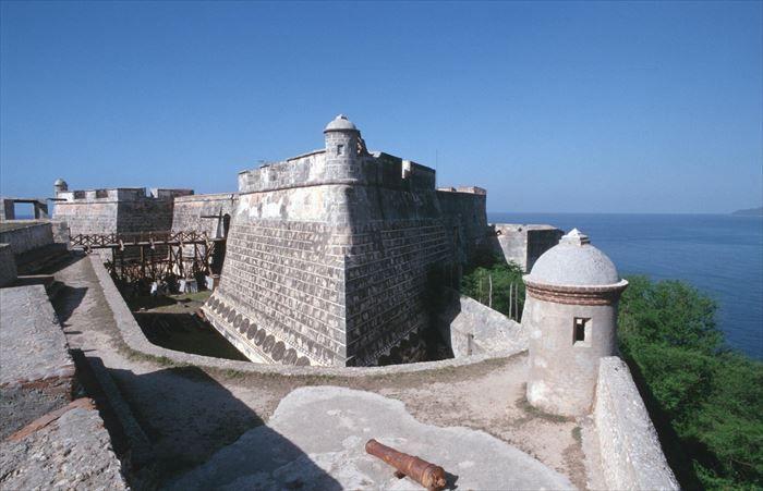 【カリブ海の真珠♡】キューバの魅力的な観光スポット7選