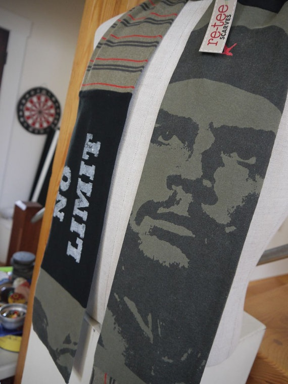 Che Quevara by reteescarves on Etsy, $30.00