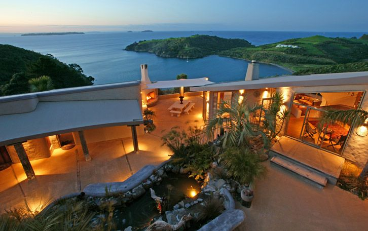 Waiheke Island Luxury Accommodation - Delamore Lodge.