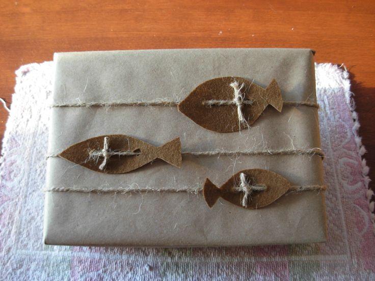 Emballage cadeau avec 3poissons