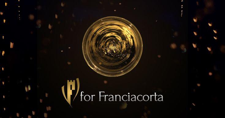 Il fascino del metodo classico più famoso d'Italia in un film stilizzato ed emozionale come il vino che racconta.