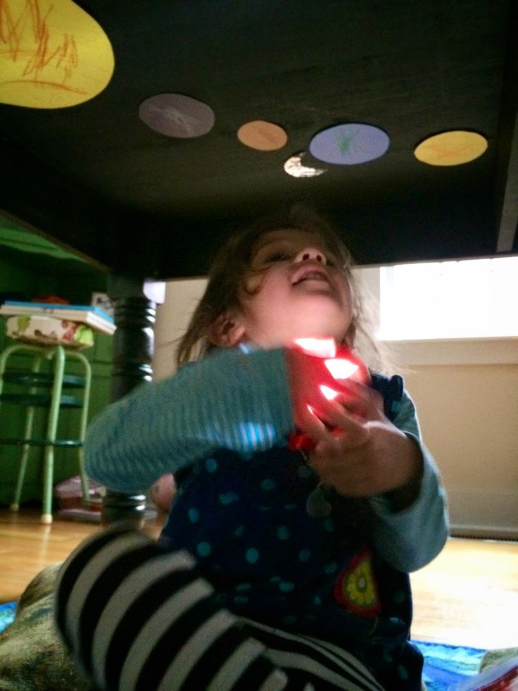 Our Beautifully Messy House : DIY Planetarium for Kids