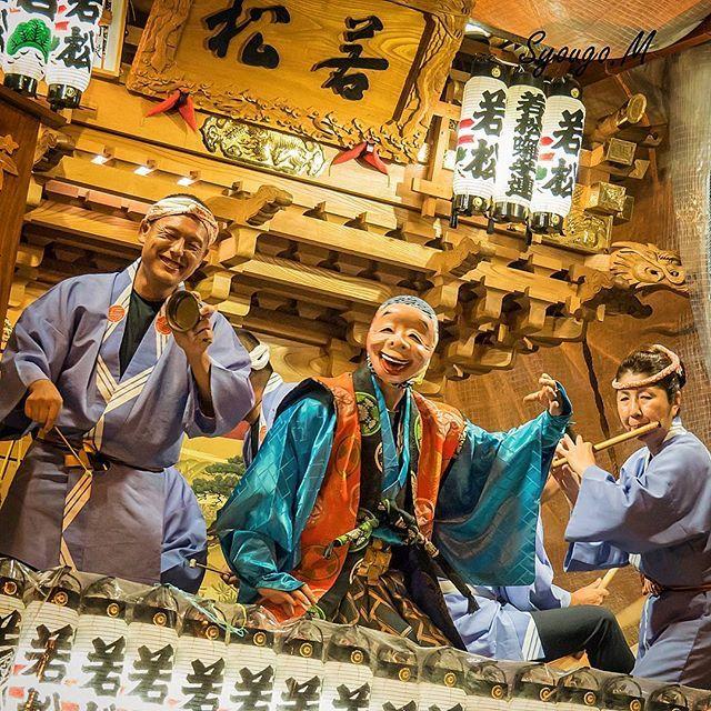 Instagram【syougo0728】さんの写真をピンしています。 《2016年9月19日 〈茨城県 Ibaraki 石岡市 Ishioka〉 ・石岡のおまつり(常陸國總社宮大祭) ・Ishioka Festival  お祭りの写真はこれでラストにします(;^_^A まぁ3日間で1400枚近く撮ったので、いいのがあればそのうちサブアカにでも載せましょうかね . お祭り最終日の夜ですが、雨の中でも凄い盛り上がりでした✨来年も行けたらぜひ行きたいですね 3日間お疲れ様でした(^_^)b  ちなみに防水仕様のカメラとはいえ、ここまでズブ濡れにさせたのは初めてでした笑 ちゃんと手入れして現在も問題なく動いてます . #諸国ぶらり旅日記_茨城県  #茨城県#石岡市#石岡のお祭り#夜景 #Ishioka#festival#NightView…