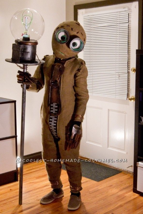 halloween costume film characters