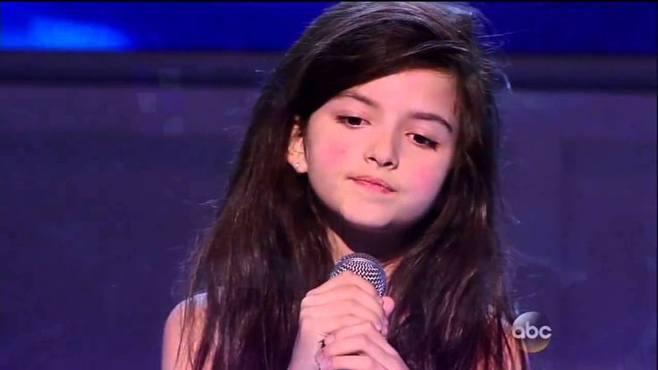 Incredible Child Singer EVER ! 8 Years Old !