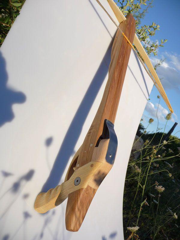 Bonjour,Je vous fais partager la fabrication d'une arbalète pour enfant que je viens de finir.Voici une photo de l'arbalète :http://webarcherie.com/forum/up...