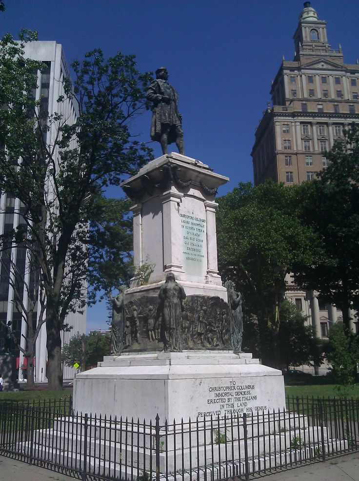 We went to see the statue of Columbus when we went to the parade on Columbus Day.