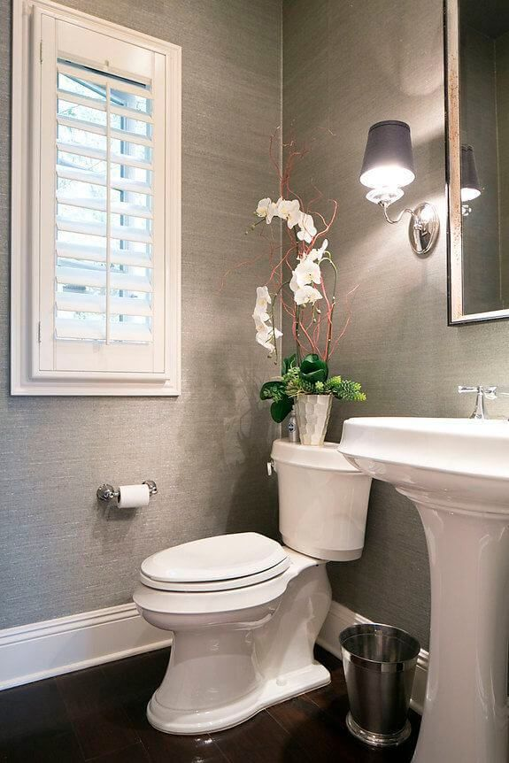 25 Simple And Cheap Decorating Ideas For Small Bathrooms