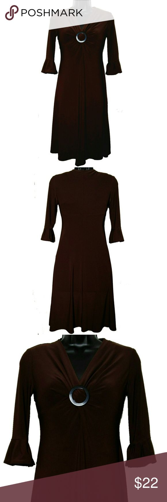 EVAN PICONE Stretch Buckle 3/4 Bell Sleeve Dress Exquisite EVAN PICONE Dress. Dark brown color. Empire waist with metal buckle accent and ruching. 100% polyester. Sumptuously soft and figure flattering contours to your shape. Size 2P. Approximate measurements of the dress are Bust 35 inches and Length 38 inches. 3/4 bell sleeves. Excellent condition. Evan Picone Dresses