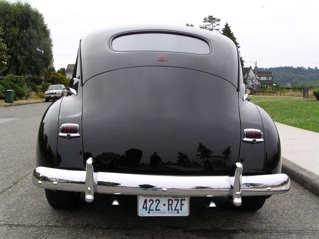 17 best images about antique cars rear seat 1948 plymouth this just looks pretty