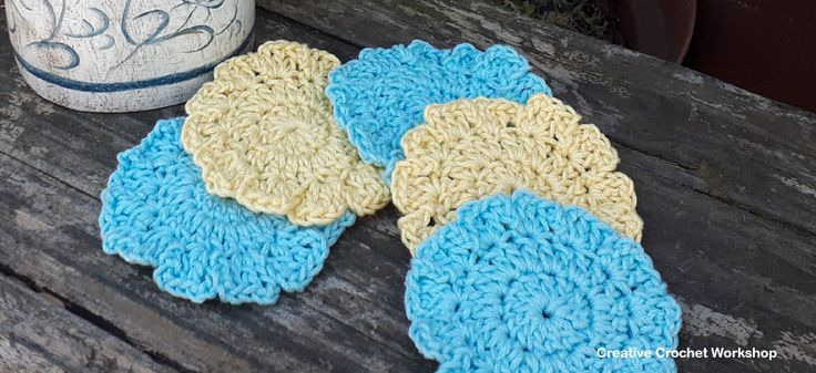These Aqua & Lemon Spa Scrubbies are part of the Spa Crochet Gift Along!Free crochet patterns Great for gift giving or for treating yourself!