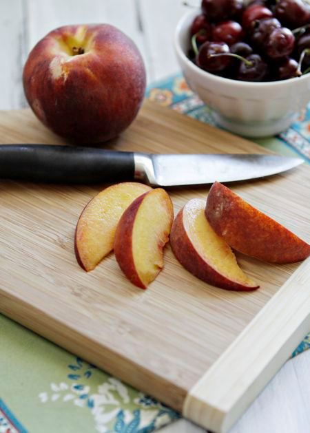 july-kidskitchen-peachcherryfruitleather-slicepeaches.jpg