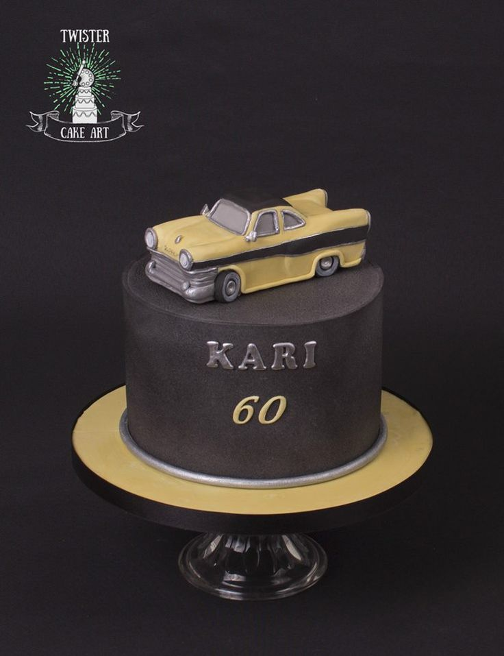 Classic car themed birthday cake. Auto kakku