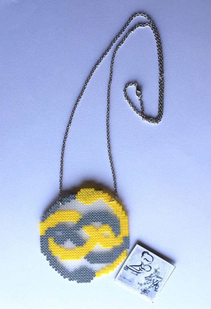 Un preferito personale dal mio negozio Etsy https://www.etsy.com/it/listing/261537170/collana-auryn-hama-beads