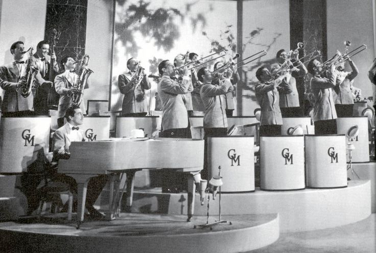 Big Band: Glenn Miller Orchestra
