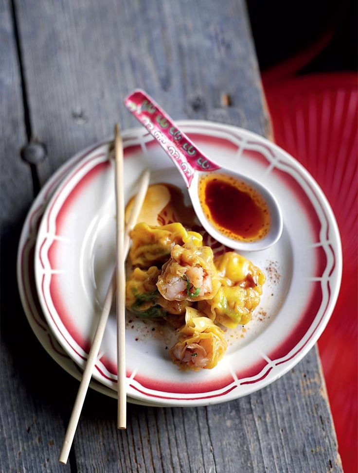 Jamie's Boiled Prawn Wontons With Chilli Dressing