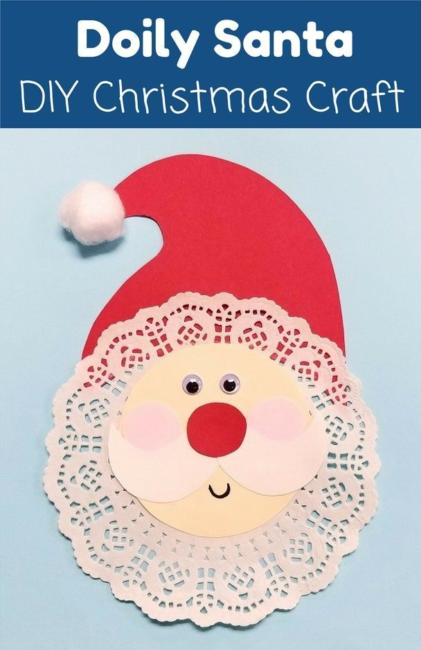 Kinder können aus ein paar einfachen Materialien einen Doily Santa Christmas Craf