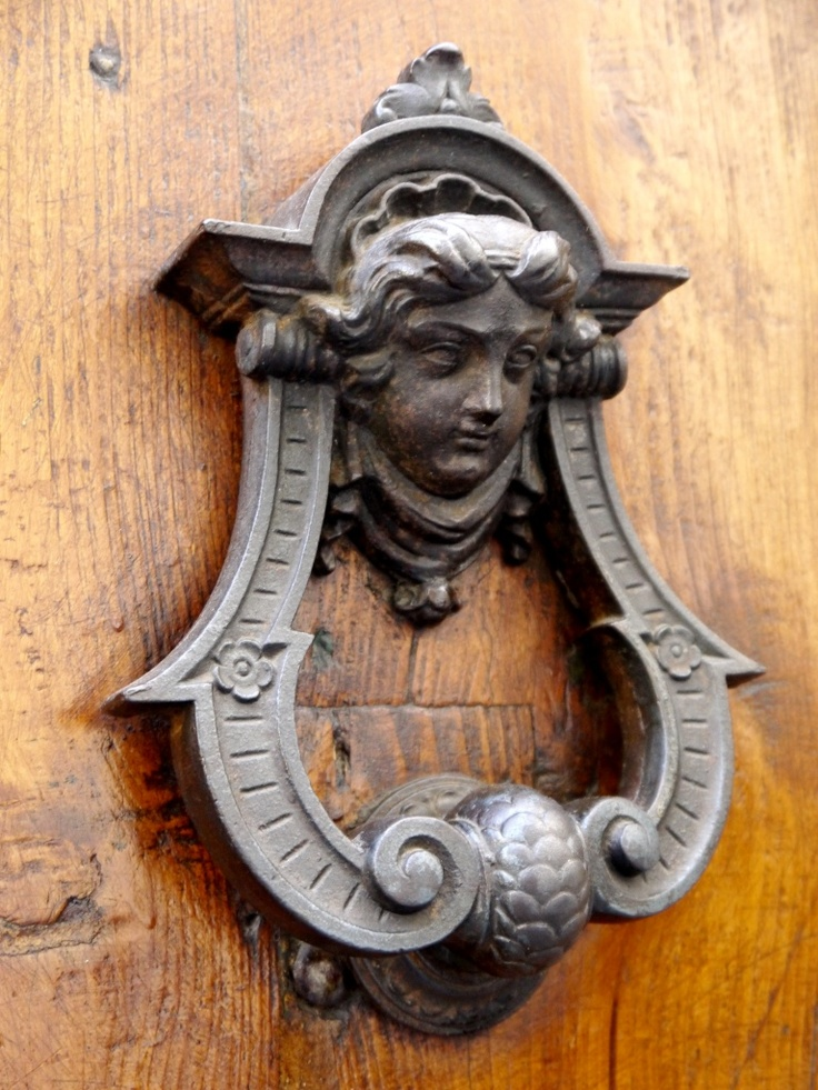 Florence: Knobs & Knockers