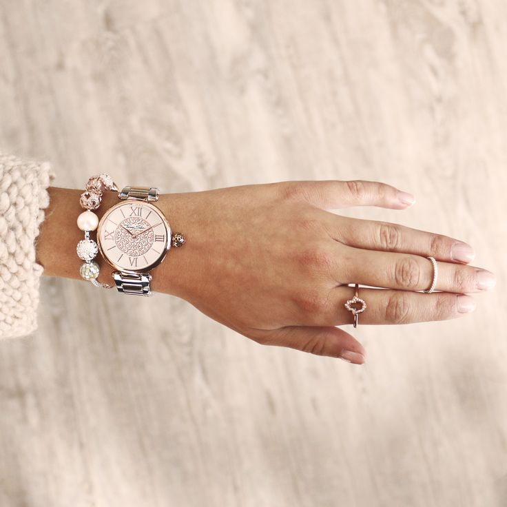 Such a good karma look - with THOMAS SABO Karma Beads and Karma Watch.
