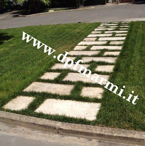 basole in pietra di trani camminamenti in pietra di trani stone  natural stone garden