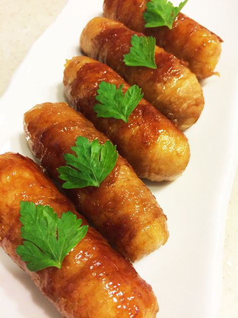 すき焼きのタレ使用♬ 甘辛い肉巻きおにぎりでスティック状だから子供も食べやすいよ✨