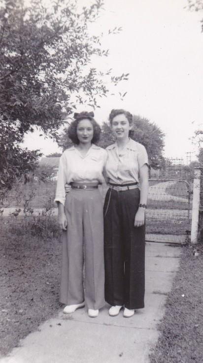 1940s Women's fashion-Pants galore! #1940sfashion #1940s