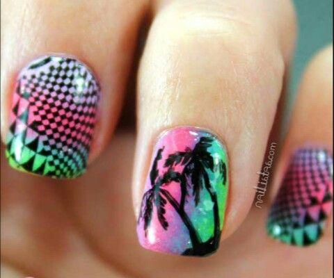Uñas veraniegas: palmeras