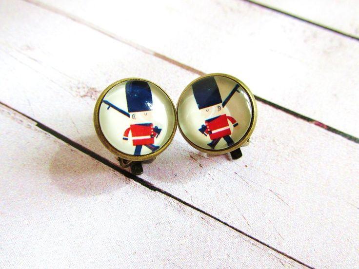 Pendientes de clip Soldado de Niara Creations por DaWanda.com