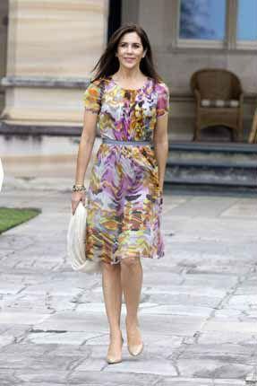 Mary di Danimarca, la principessa più glam. Ecco 13 consigli di stile per essere chic come lei | Moda