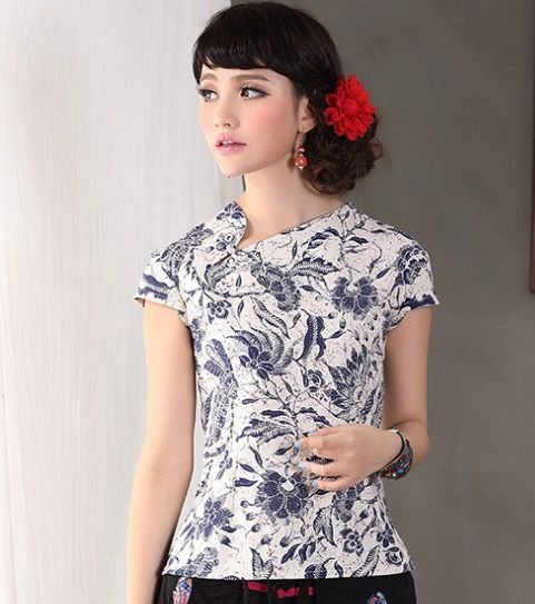 Traditional Chinese top - Classic Chinese Cheongsam top: Blue and White Porcelain Princess $59.99 (45,20 €)