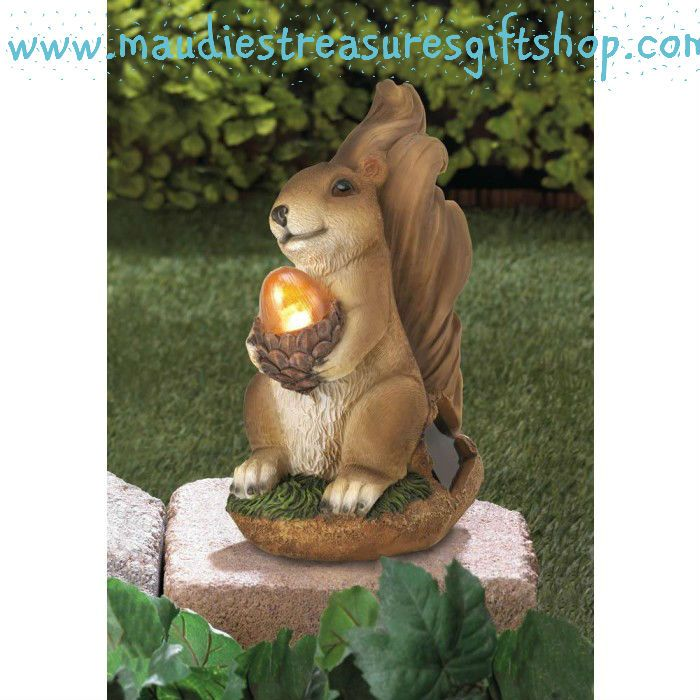 Solar Powered Light Up Squirrel Statue Lawn Garden Decor Gifts