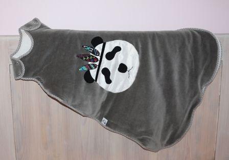 Śpiworek dla maluszka PANDA Z PIÓROPUSZEM