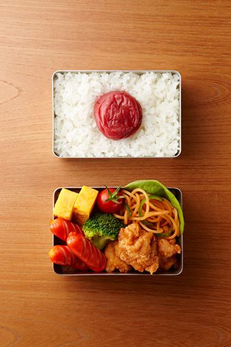 "Such a symbolic bento design in Japan!! This type of bento is likely to be called "" HINOMARU BENTO "". #bento #lunch_box"