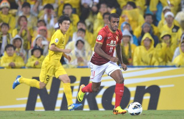 Guangzhou Evergrande striker Muriqui, the 2013 AFC Champions League's leading scorer, believes the Chinese champions can topple FC Seoul in the two-leg final, which kicks off on Saturday at Seoul World Cup Stadium. Photos: WSG.