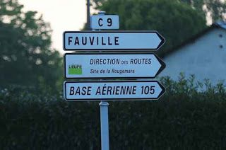"""Europa - De acordo com a agência de notícias AFP de investigadores, um antigo soldado francês, conhecido como uma """"Agitador"""", disse que ele queria perpetrar um ataque em nome do """"Estado islâmico"""" (IS). A investigação assumiu o Ministério em Paris, responsáveis pela luta anti-terrorista. Apesar de seu apelo para a IS, de acordo com a AFP, os investigadores supõe-se que os 34 anos de idade estava agindo sozinho. Eles inicialmente queriam esclarecer"""