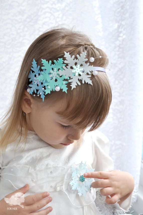 Christmas hair band girls Christmas hair bow headband snowflake Crown snowflake halo headband New Years Eve Holiday accessory girl winter cr
