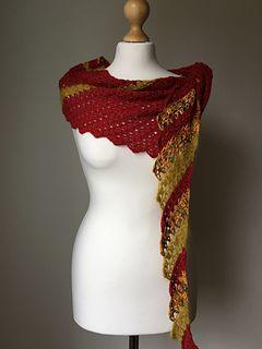 Golden Bee Scarf / Wrap / Shawl / Caplet • - Free Crochet Pattern