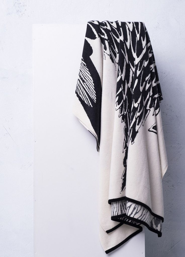 When 100% cashmere meets art! This massive cashmere travel wrap can be used as a throw, a travel blanket, a shawl, a scarf or any other creative ways you like!