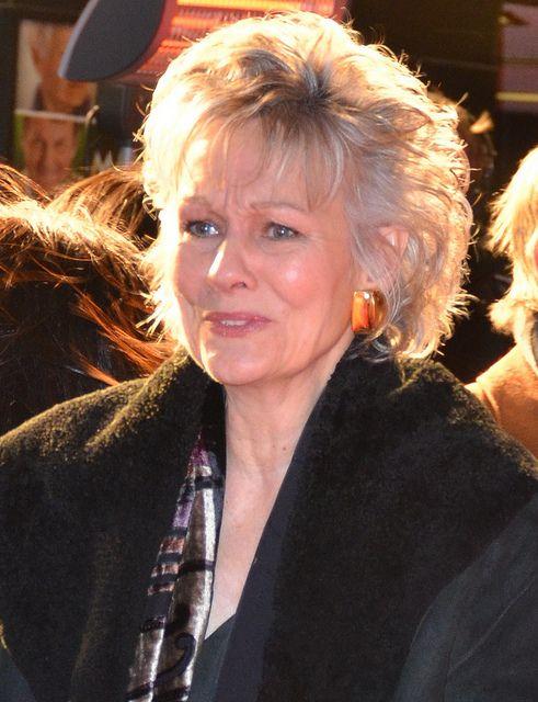 How Old Is Diana Hardcastle | Diana Hardcastle