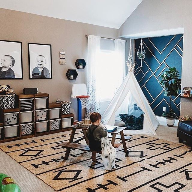 Playroom goals. Plus, how amazing is that DIY geometric ...